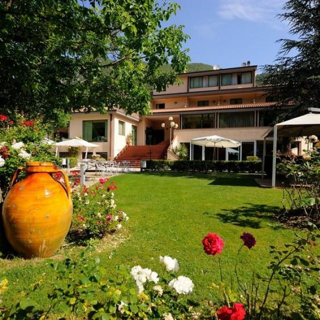 Guesia Village Hotel & Spa****