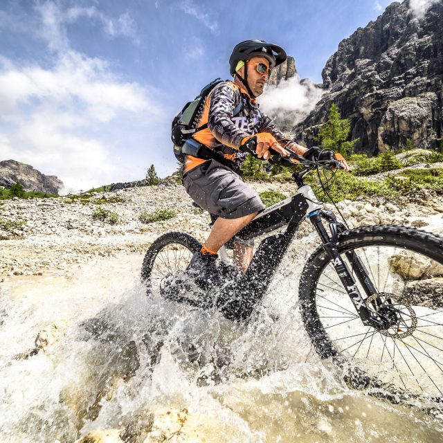 Sellaronda Mtb Track Tour è per tutti grazie all'e-bike